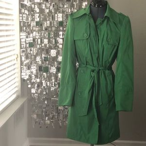 Bright Green Trench